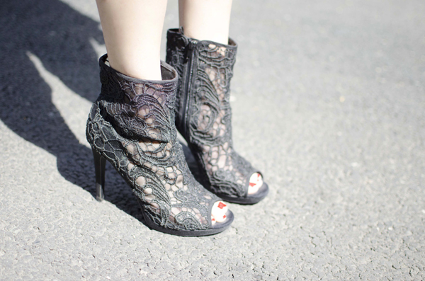 heel-boots-h&m-rock-outfit