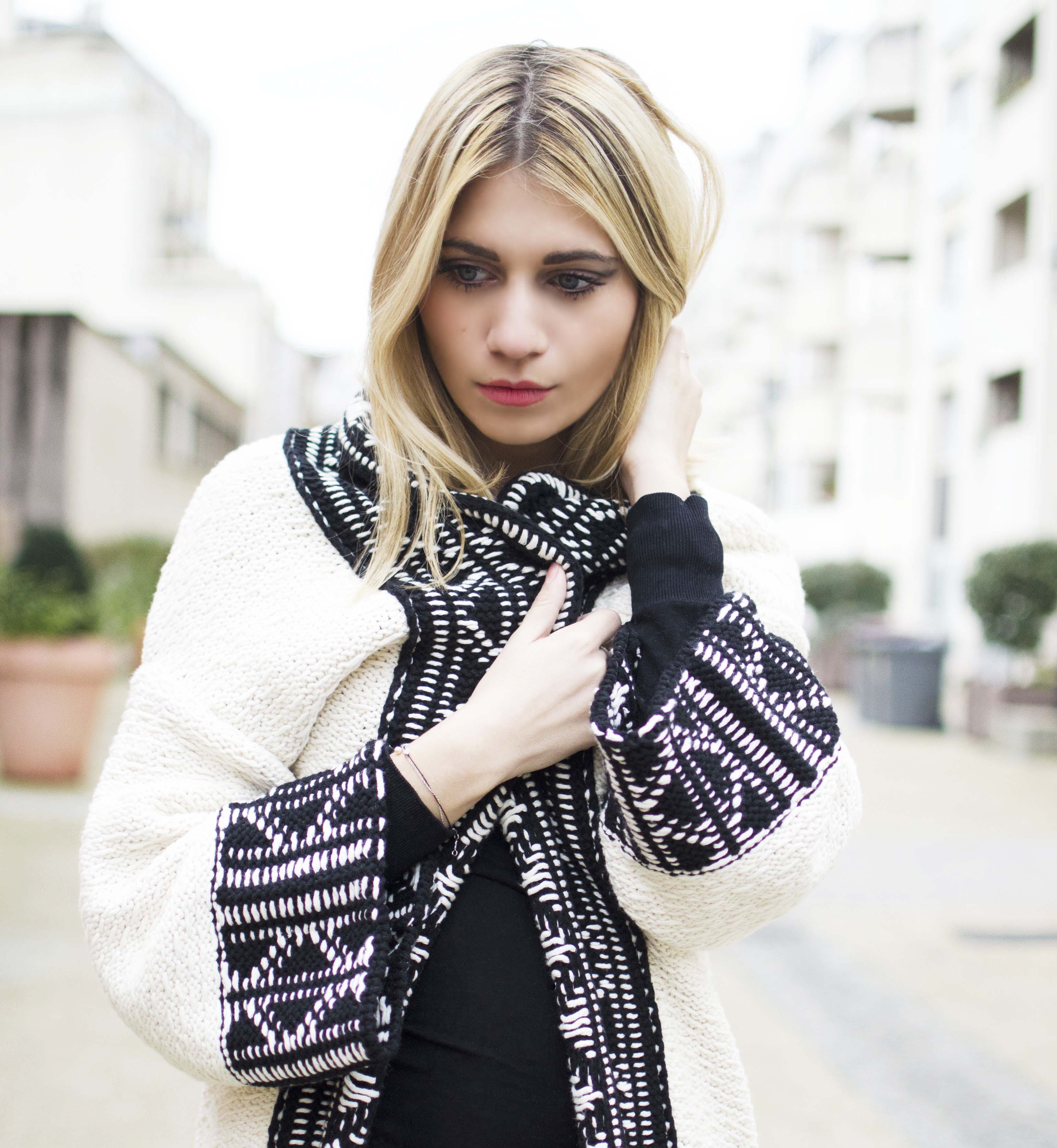 ootd blond zara coat blog