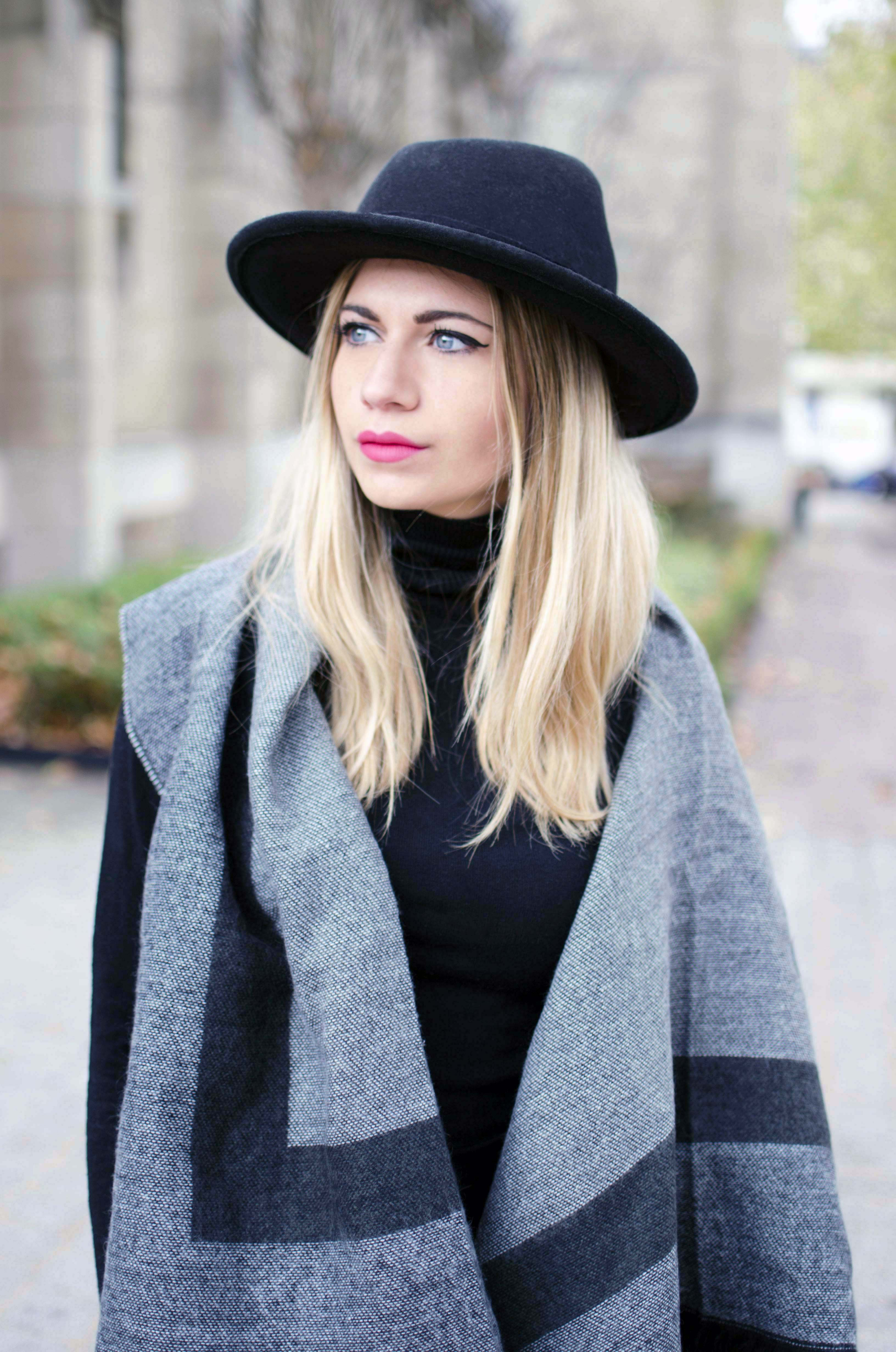 ootd blonde mode blog blond chapeau